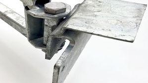 swivel foot on truss